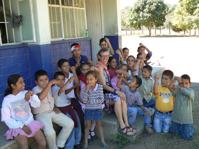 Jeanne with students from el Rancho Limon, Jalisco, Mexico